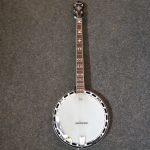 Banjo 4-strunné Fender 19 500 kč
