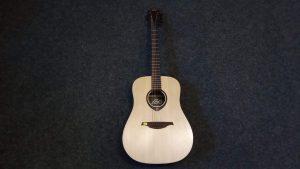 Použitá kytara Tramontane 4800,-